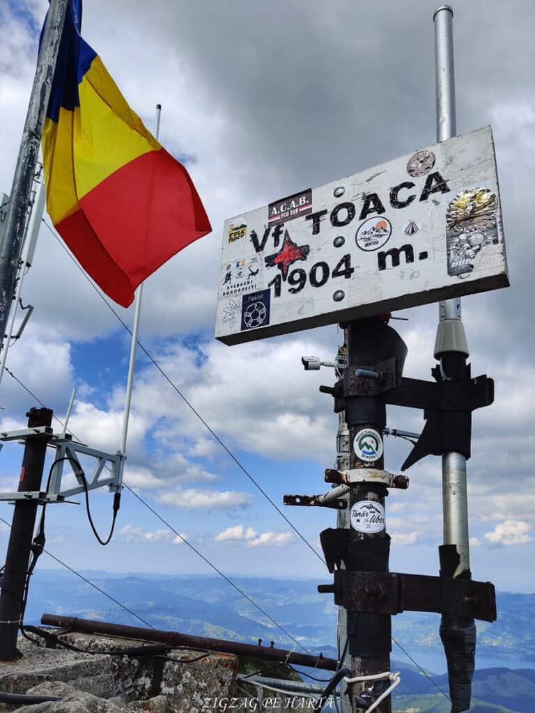 Vârful Toaca 1904 m. din M-ții Ceahlău - Blog de calatorii - ZIGZAG PE HARTĂ - 116790513 2752056415115188 41157525567191727 o