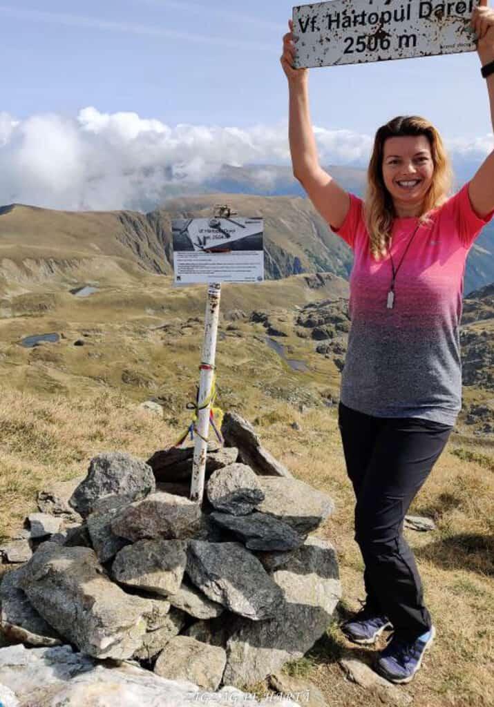 Vârful Dara (2500m) și Vârful Hârtopul Darei (2504m) - Blog de calatorii - ZIGZAG PE HARTĂ - 25917 101453 11 2