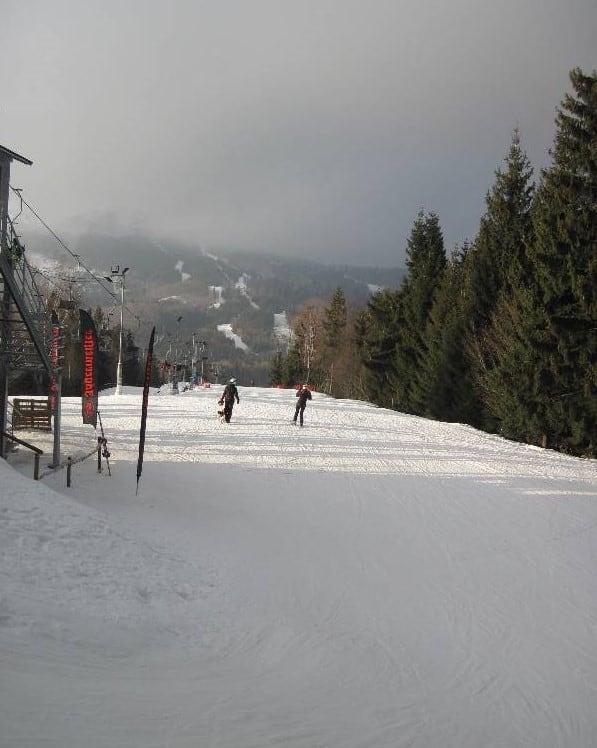 Pârtiile domeniului schiabil Roata din Cavnic, județul Maramureș - Blog de calatorii - ZIGZAG PE HARTĂ - 25917 76546 2