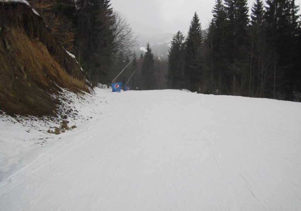 Pârtiile domeniului schiabil Roata din Cavnic, județul Maramureș - Blog de calatorii - ZIGZAG PE HARTĂ - 25917 76546 7