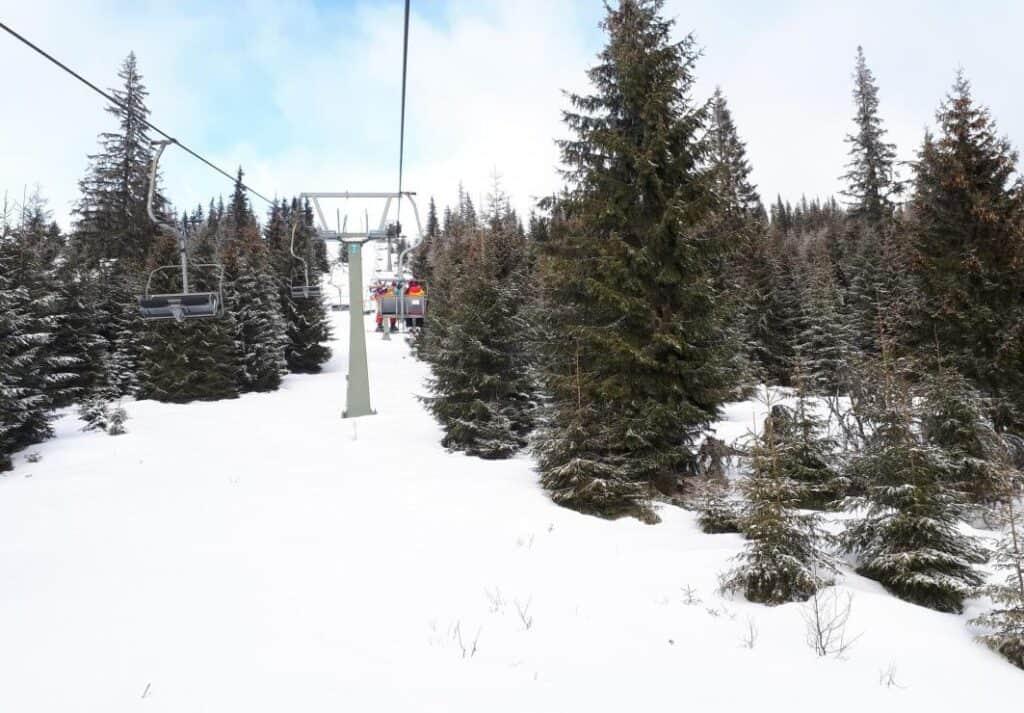 Buscat ski Resort din Cluj - Blog de calatorii - ZIGZAG PE HARTĂ - 25917 84007 23