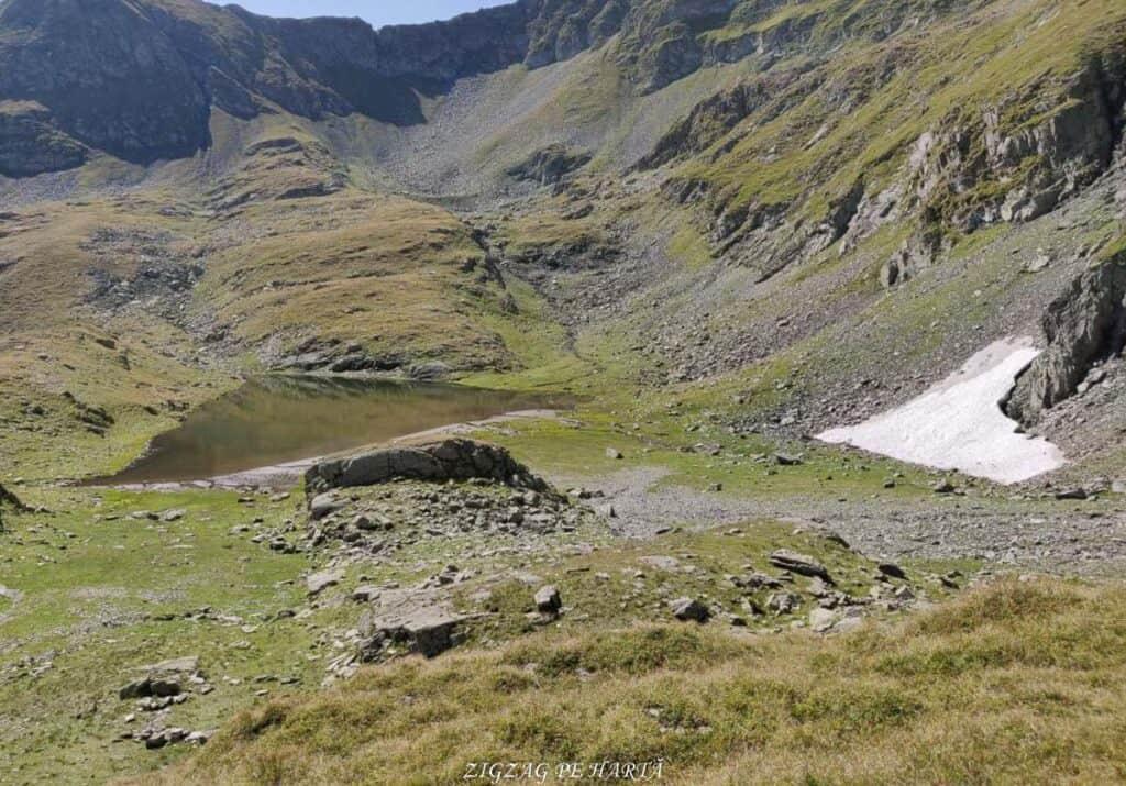 Vârful Moldoveanu - 2544m - Blog de calatorii - ZIGZAG PE HARTĂ - 25917 96470 8