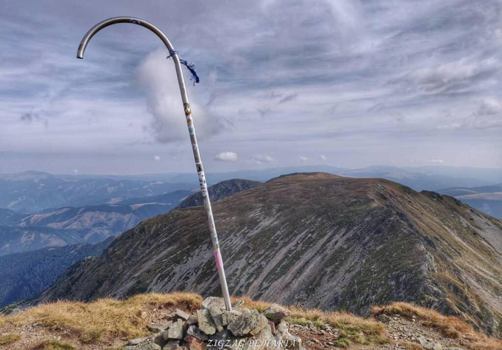 Vârful Parângul Mare (2519 m), Vârful Cârja (2405 m) și Vârful Parângul Mic (2074 m) - Blog de calatorii - ZIGZAG PE HARTĂ - 25917 96624 2