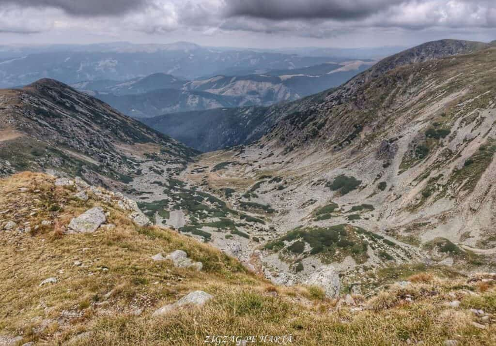 Vârful Parângul Mare (2519 m), Vârful Cârja (2405 m) și Vârful Parângul Mic (2074 m) - Blog de calatorii - ZIGZAG PE HARTĂ - 25917 96624 5