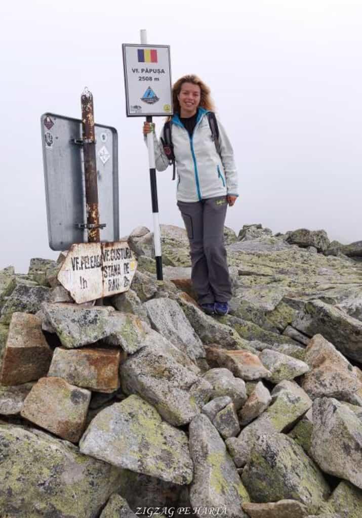 Vârful Peleaga 2509m și Vârful Păpușa 2508m - Blog de calatorii - ZIGZAG PE HARTĂ - 25917 96757 16 1
