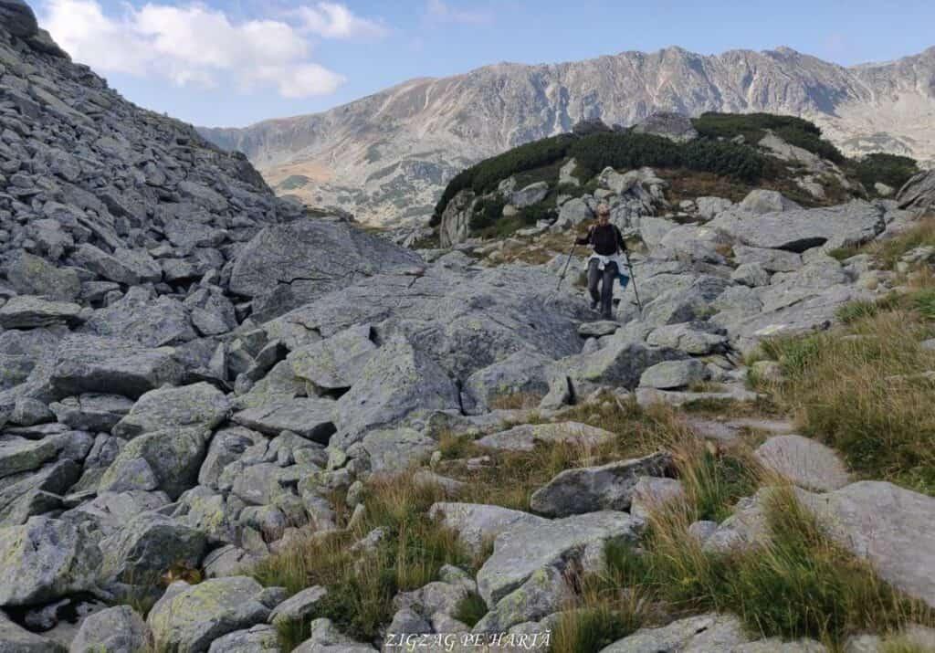 Vârful Peleaga 2509m și Vârful Păpușa 2508m - Blog de calatorii - ZIGZAG PE HARTĂ - 25917 96757 3