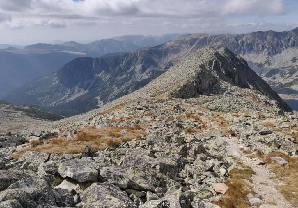 Vârful Peleaga 2509m și Vârful Păpușa 2508m - Blog de calatorii - ZIGZAG PE HARTĂ - 25917 96757 9 1