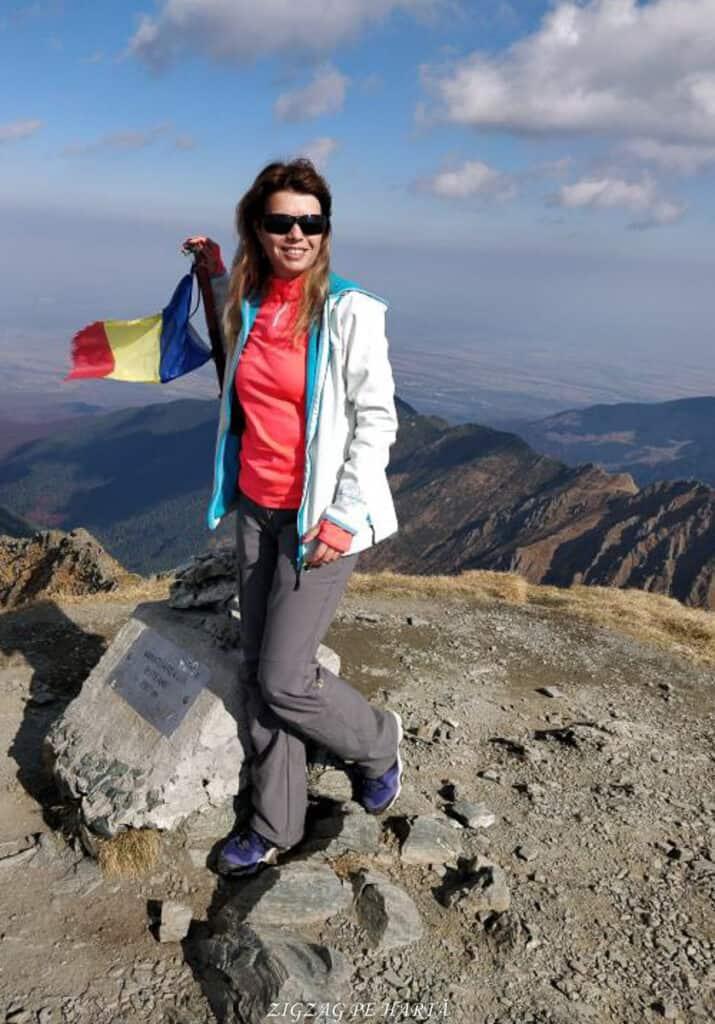 Vânătarea lui Buteanu 2507metri - Blog de calatorii - ZIGZAG PE HARTĂ - 25917 97691 1