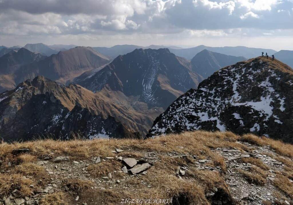 Vânătarea lui Buteanu 2507metri - Blog de calatorii - ZIGZAG PE HARTĂ - 25917 97691 3 1
