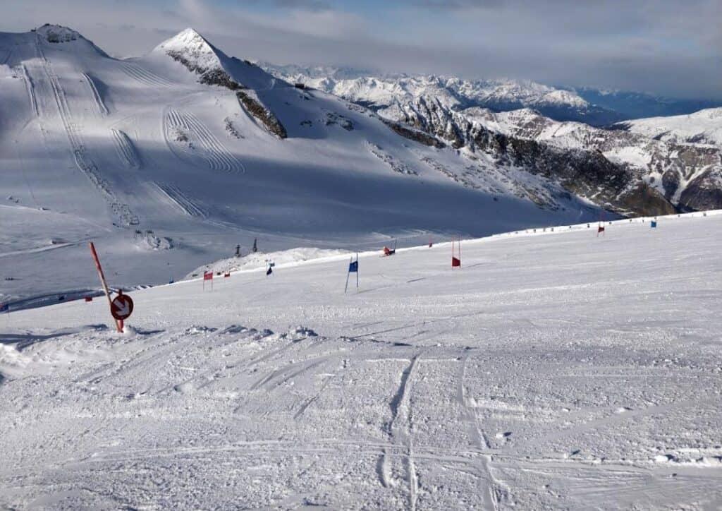 Ski pe Ghețarul Hintertux, Zillertal, Tirol est, Austria - Blog de calatorii - ZIGZAG PE HARTĂ - 25917 97912 4
