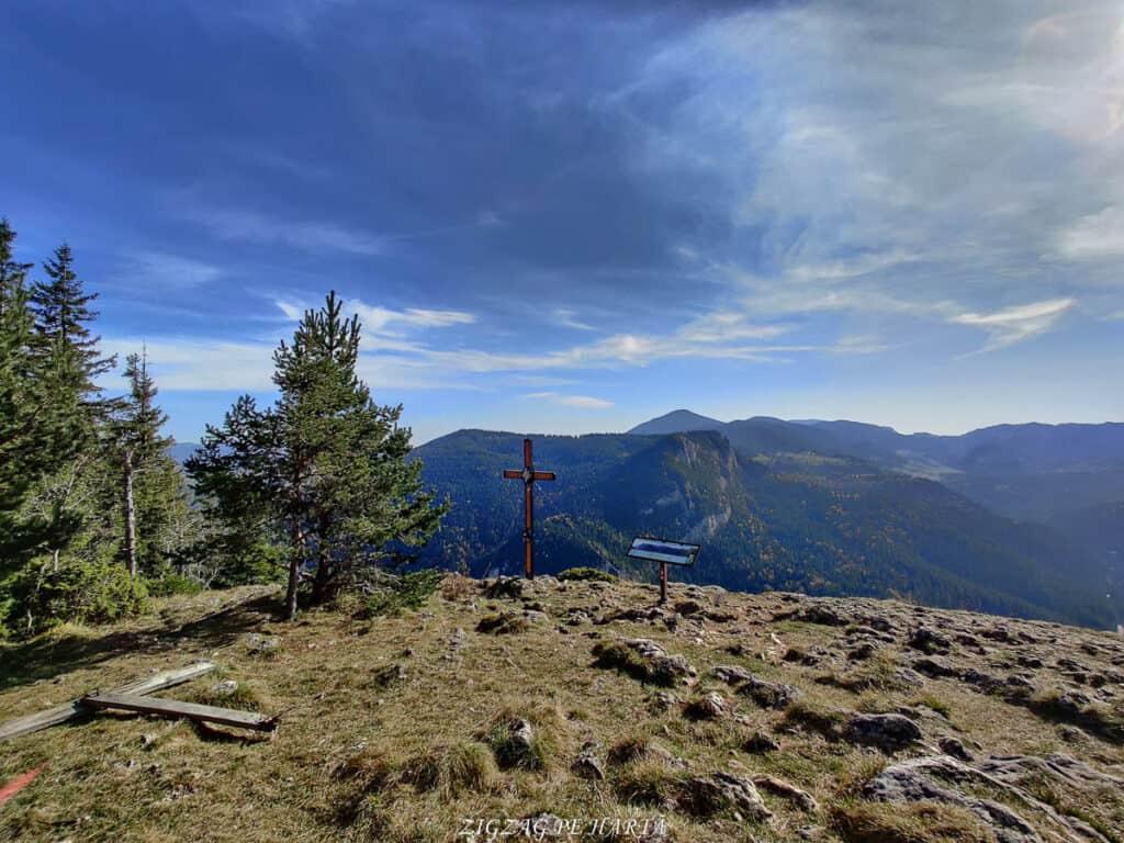 Vârful Suhardul Mic (1345metri)