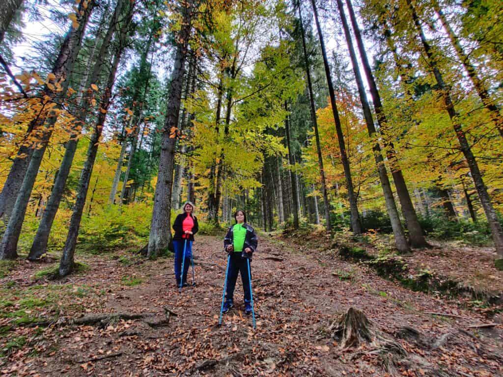 """Vârful Piatra Ghilcoș (1376 metri) din Lacul Roșu - Traseul """"Belvedere Ghilcoș"""" - Blog de calatorii - ZIGZAG PE HARTĂ - IMG 20201024 144221 01"""