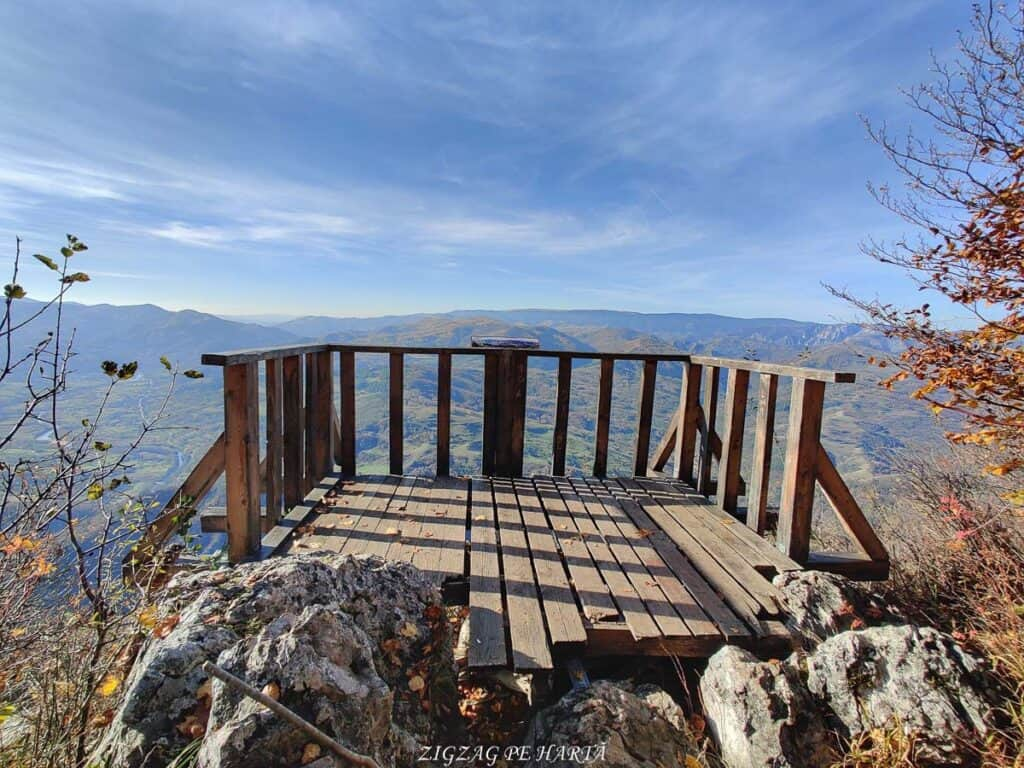 Poarta Zmeilor și Balconul de pe Bedeleu - Blog de calatorii - ZIGZAG PE HARTĂ - IMG 20201107 134229 01 1