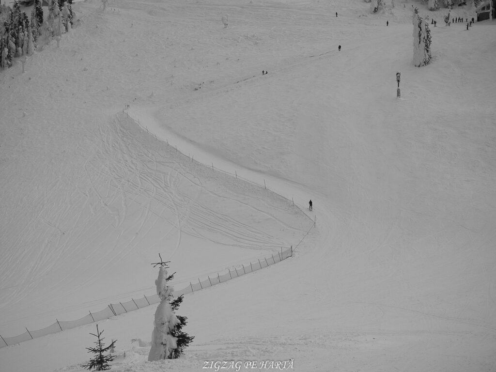Domeniul schiabil Poiana Brașov, schi în trei zile - Blog de calatorii - ZIGZAG PE HARTĂ - OI000152