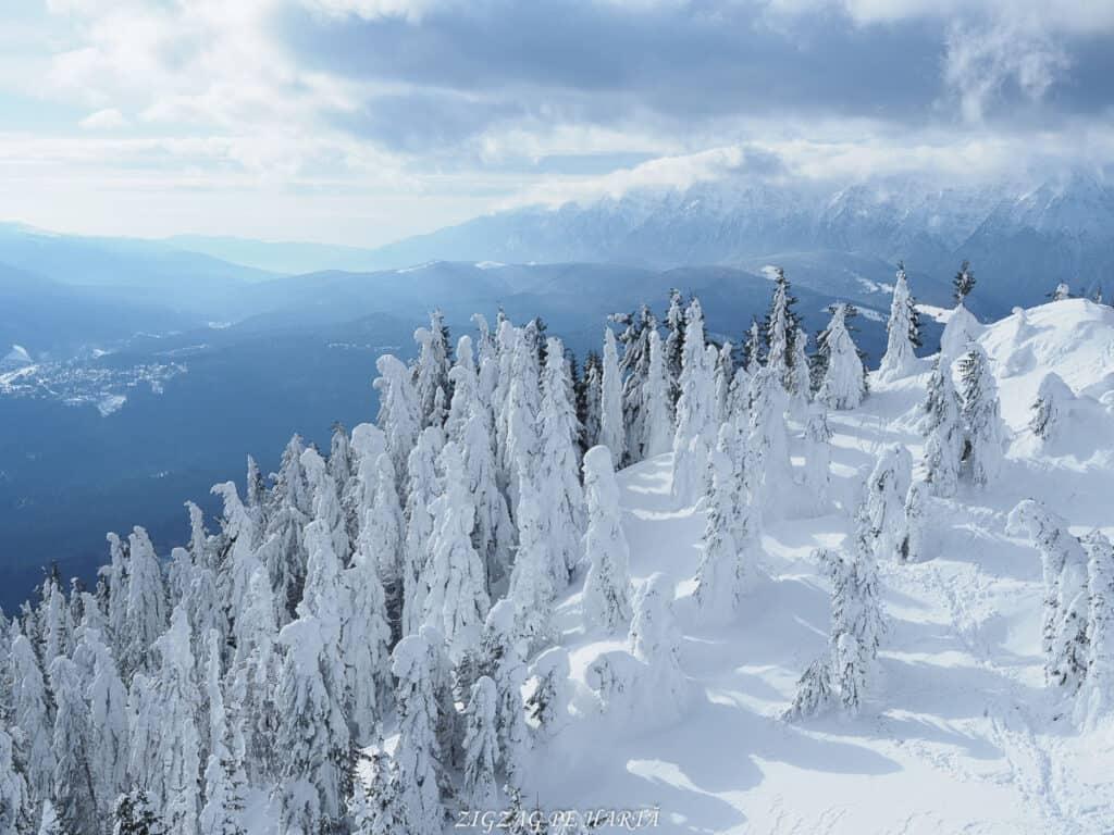 Domeniul schiabil Poiana Brașov, schi în trei zile - Blog de calatorii - ZIGZAG PE HARTĂ - OI000192
