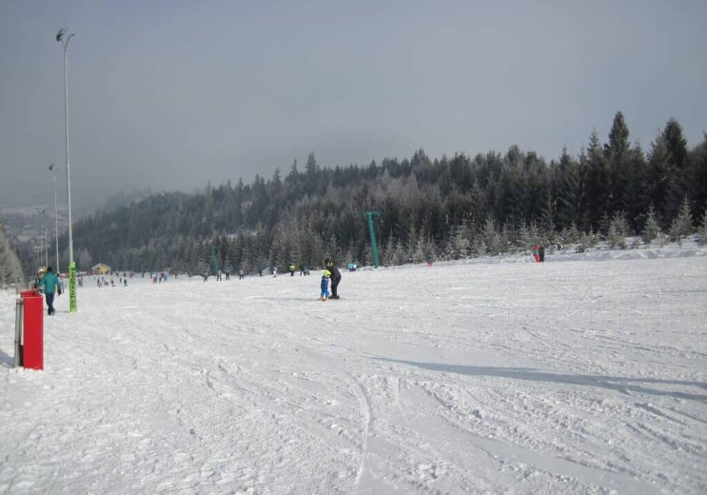 Pârtiile de schi din Toplița - Blog de calatorii - ZIGZAG PE HARTĂ - 25917 76219 32211
