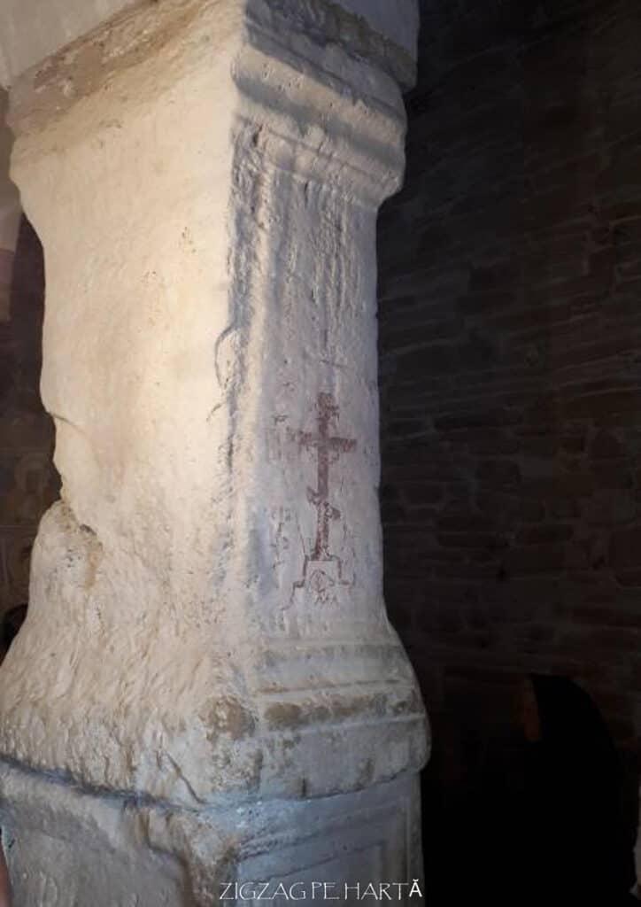 """Biserica """"Sfântul Nicolae"""" din Densuș - Blog de calatorii - ZIGZAG PE HARTĂ - 25917 96829 17"""