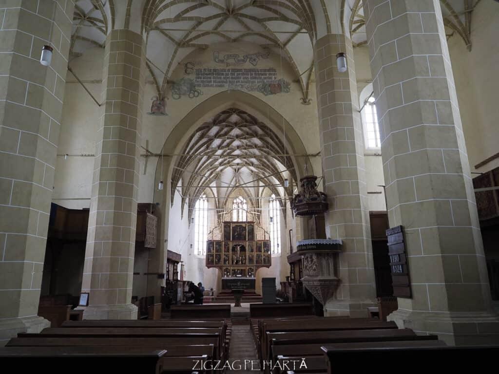 Biserica evanghelică fortificată din Biertan (1490-1524) - Blog de calatorii - ZIGZAG PE HARTĂ - ADL50078