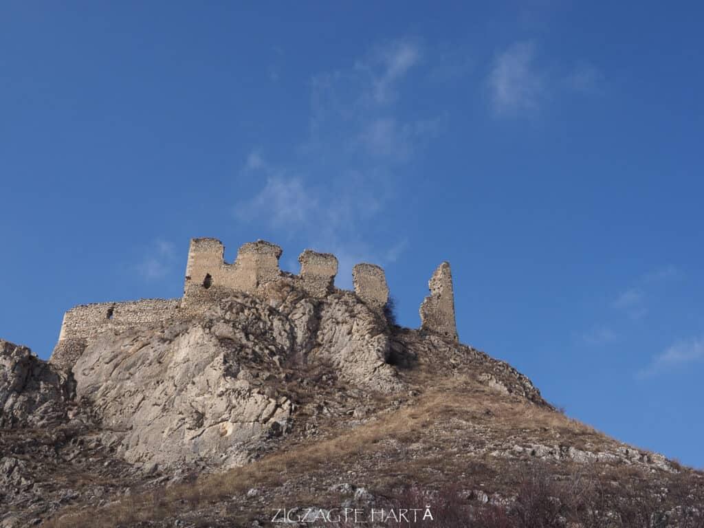 Cetatea Trascăului sau Cetatea Colțești - Blog de calatorii - ZIGZAG PE HARTĂ - ADL90247
