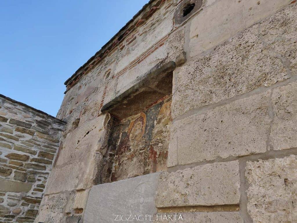"""Biserica """"Sfântul Nicolae"""" din Densuș - Blog de calatorii - ZIGZAG PE HARTĂ - IMG 20190915 101211"""