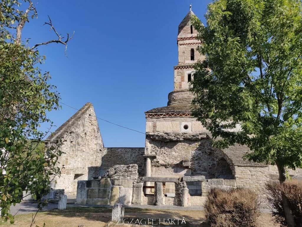 """Biserica """"Sfântul Nicolae"""" din Densuș - Blog de calatorii - ZIGZAG PE HARTĂ - IMG 20190915 101349"""
