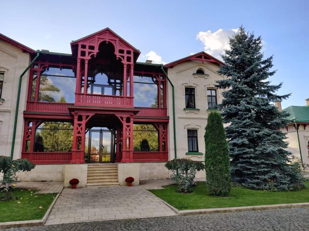 Complexul monastic Curchi din Orhei, Republica Moldova - Blog de calatorii - ZIGZAG PE HARTĂ - IMG 20191011 164200