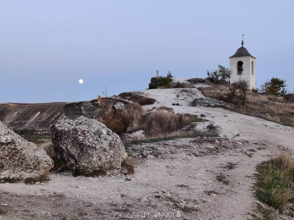 Orheiul Vechi, Mănăstirea rupestră Peștera, Mănăstirea Sfânta Maria din Republica Moldova - Blog de calatorii - ZIGZAG PE HARTĂ - IMG 20191011 183322