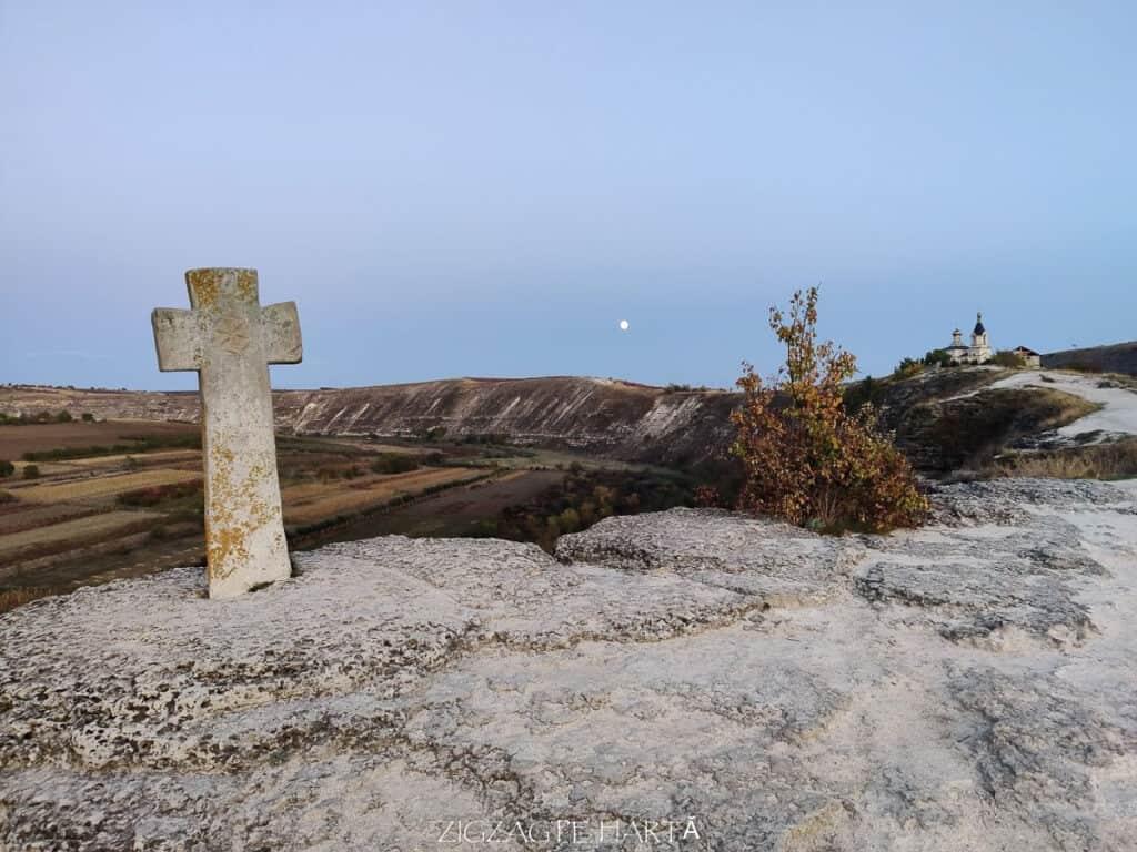 Orheiul Vechi, Mănăstirea rupestră Peștera, Mănăstirea Sfânta Maria din Republica Moldova - Blog de calatorii - ZIGZAG PE HARTĂ - IMG 20191011 183457
