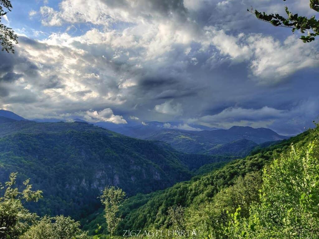 Cascada Șipote din Munții Trascăului - Blog de calatorii - ZIGZAG PE HARTĂ - IMG 20200620 191139 01