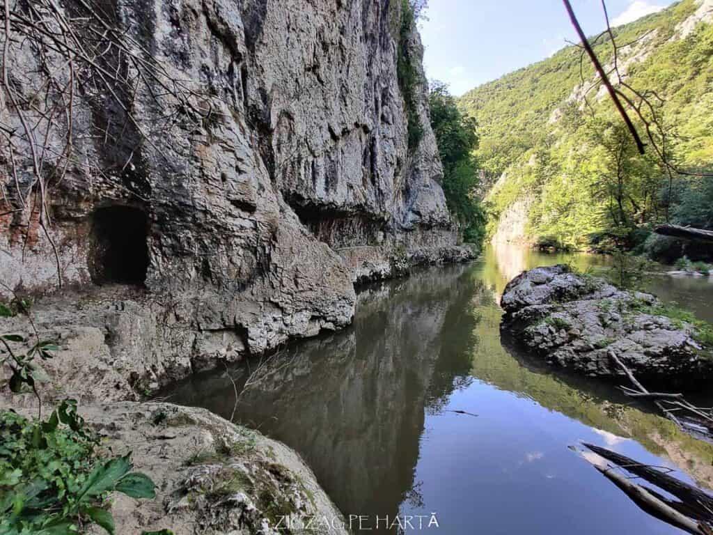 Cheile Nerei și Lacul Dracului - Blog de calatorii - ZIGZAG PE HARTĂ - IMG 20200728 153821
