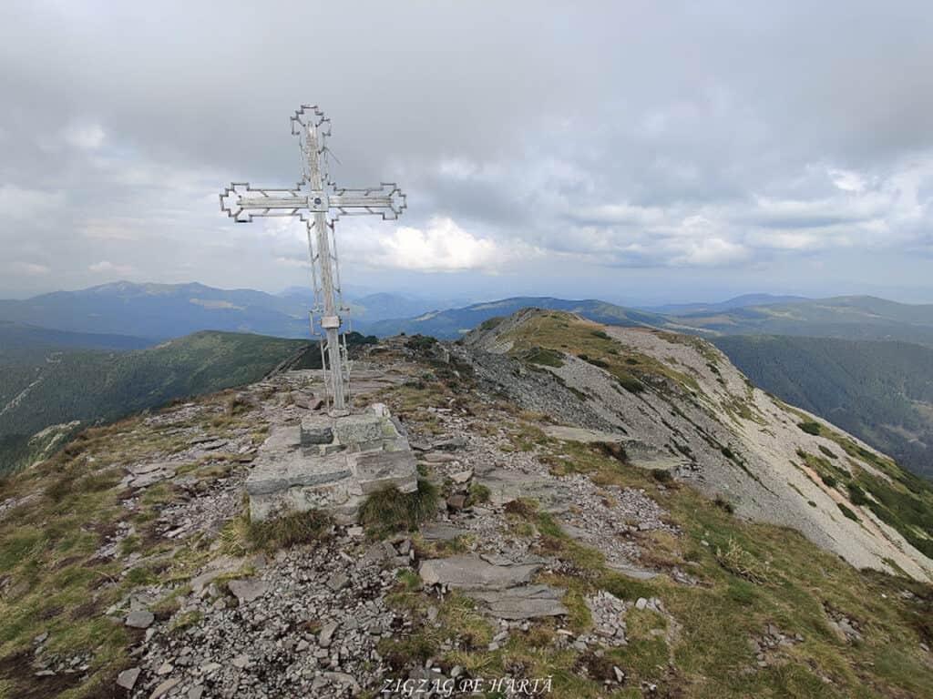Vârful Pietrosul Călimanilor (2102m) și Vârful Negoiu Unguresc (2081m) - Blog de calatorii - ZIGZAG PE HARTĂ - IMG 20200815 104848