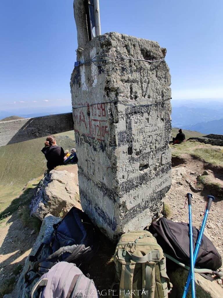 Circuit Vârful Ineuț (2.222m), Vârful Ineu (2.278m), Lacul Lala Mică (1.900m) și Lacul Lala Mare (1.815m) - Blog de calatorii - ZIGZAG PE HARTĂ - IMG 20200829 152233