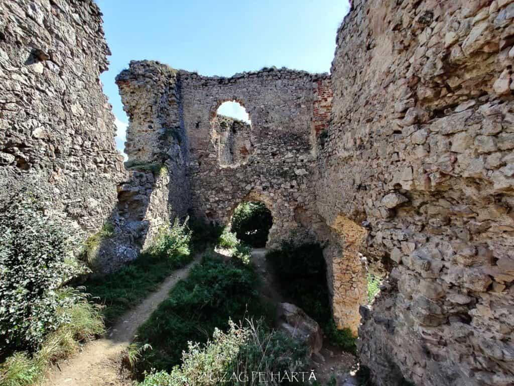 Cetatea Trascăului sau Cetatea Colțești - Blog de calatorii - ZIGZAG PE HARTĂ - IMG 20200904 154448