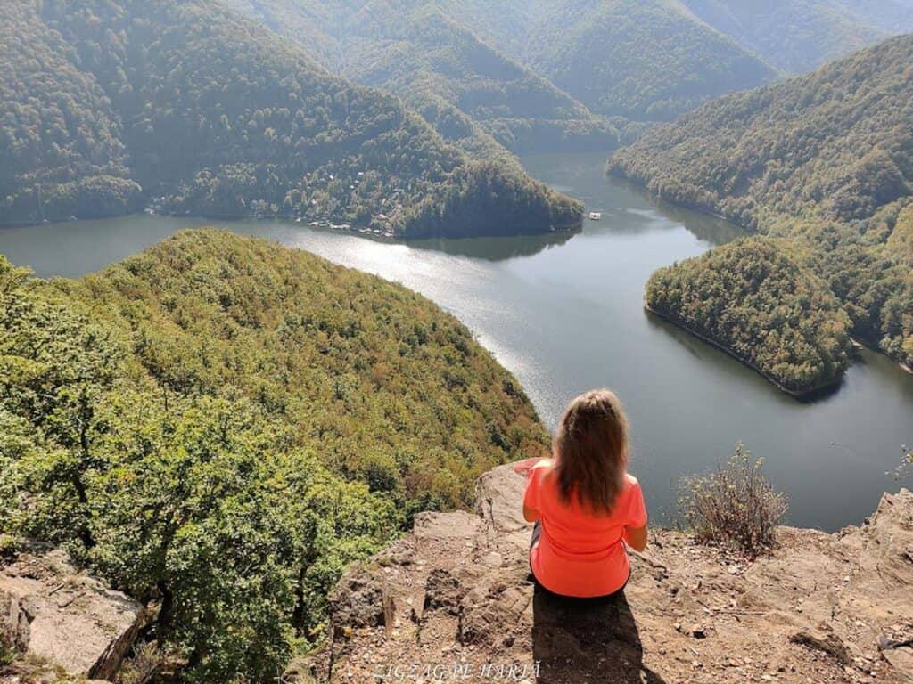 Piatra lui Lucaci din Munții Gilăului - Blog de calatorii - ZIGZAG PE HARTĂ - IMG 20201003 141757 1
