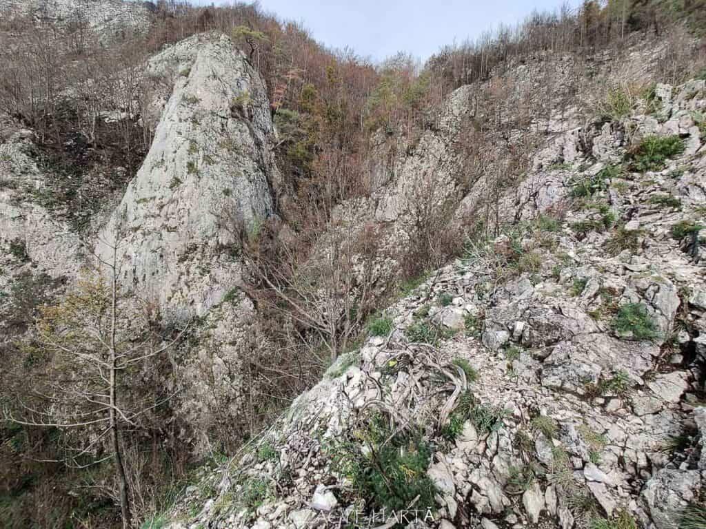 Traseul turistic Scărița – Belioara - Blog de calatorii - ZIGZAG PE HARTĂ - IMG 20201010 104659