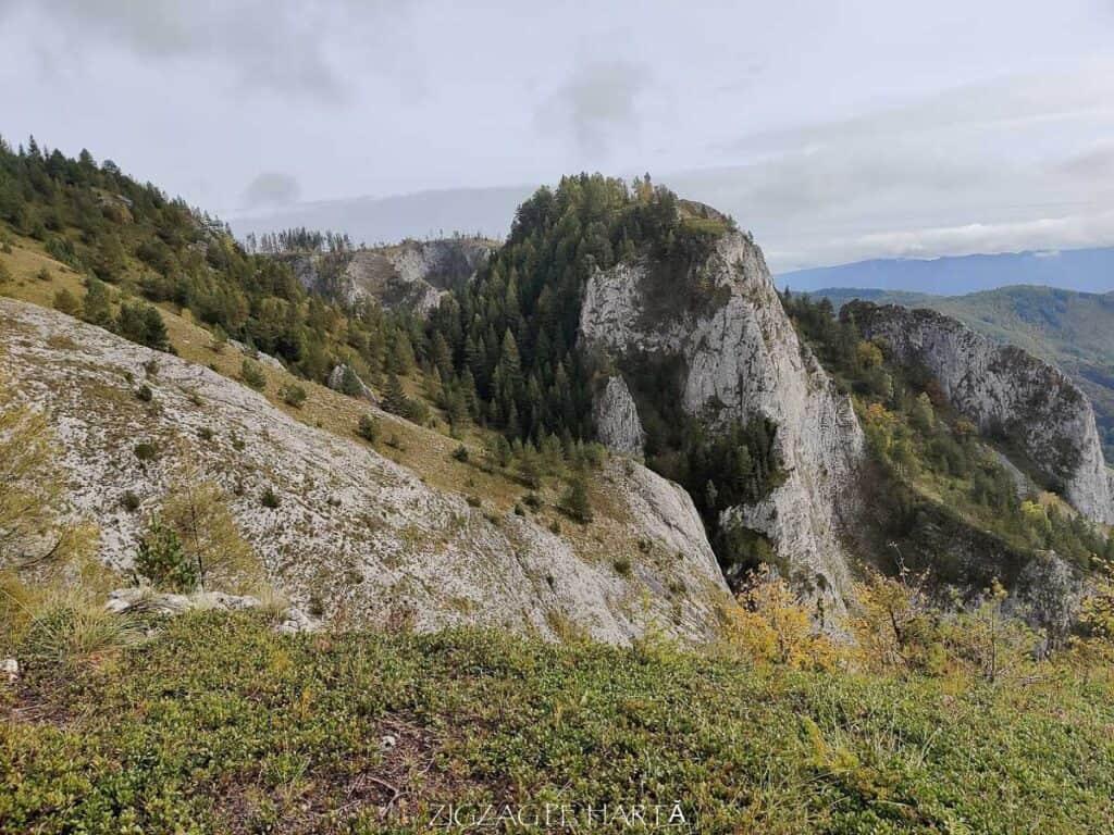 Traseul turistic Scărița – Belioara - Blog de calatorii - ZIGZAG PE HARTĂ - IMG 20201010 125939