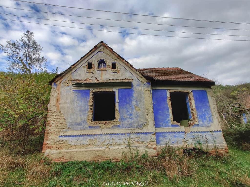 Mighindoala, satul parăsit - Blog de calatorii - ZIGZAG PE HARTĂ - IMG 20201016 165909 01