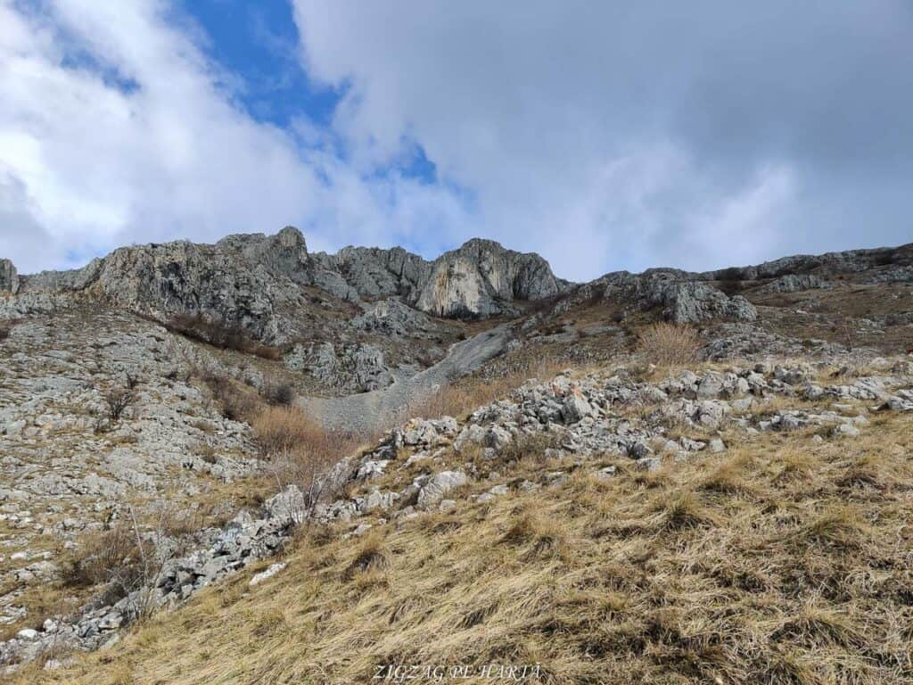 Grota Studenților (Portalul Koluk), din Colțești, Alba - Blog de calatorii - ZIGZAG PE HARTĂ - IMG 20210203 134557
