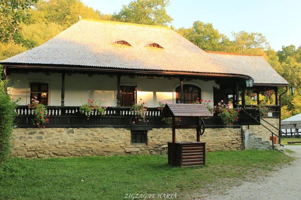 Muzeul Astra din Sibiu, plimbare pe biciclete - Blog de calatorii - ZIGZAG PE HARTĂ - IMG 5388