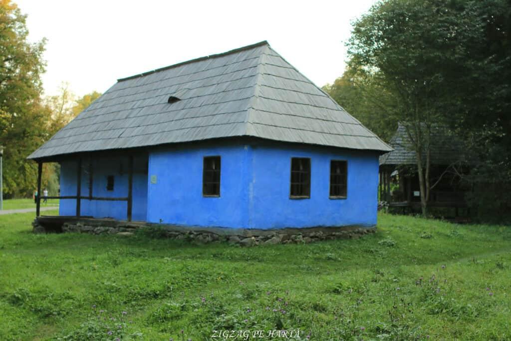 Muzeul Astra din Sibiu, plimbare pe biciclete - Blog de calatorii - ZIGZAG PE HARTĂ - IMG 5424