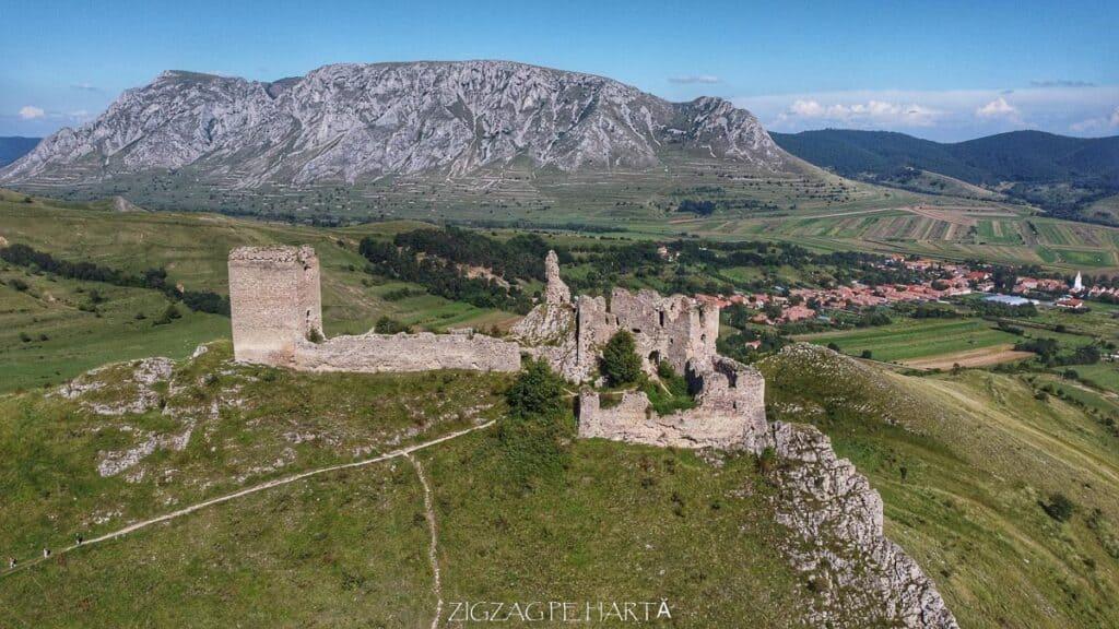 Cetatea Trascăului sau Cetatea Colțești - Blog de calatorii - ZIGZAG PE HARTĂ - org 33534cf4c7a168fa 1599224596000 01
