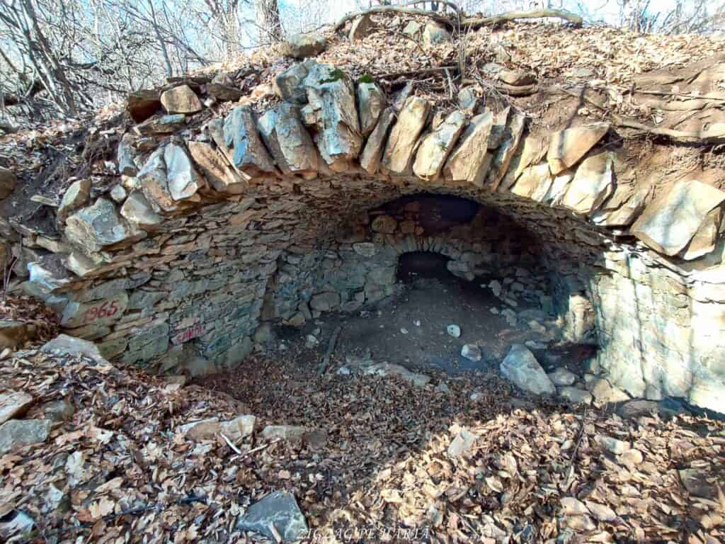 Vârful Berț și vârful Chișberț, traseu pe la minele de fier medievale de la Rimetea - Blog de calatorii - ZIGZAG PE HARTĂ - IMG 20210102 103330