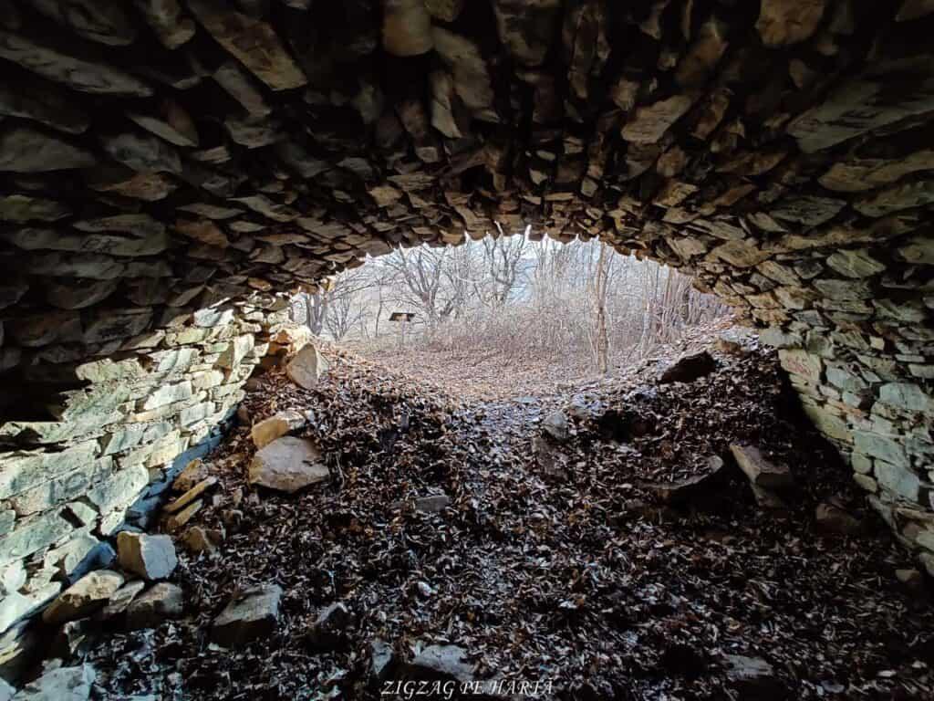 Vârful Berț și vârful Chișberț, traseu pe la minele de fier medievale de la Rimetea - Blog de calatorii - ZIGZAG PE HARTĂ - IMG 20210102 103808