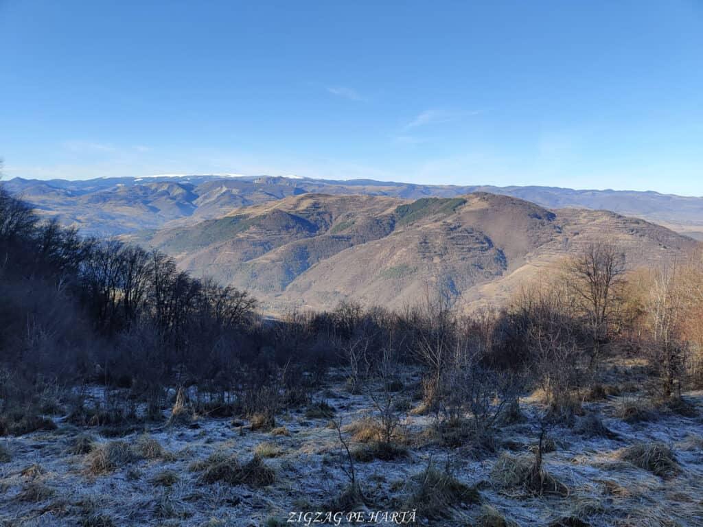 Vârful Berț și vârful Chișberț, traseu pe la minele de fier medievale de la Rimetea - Blog de calatorii - ZIGZAG PE HARTĂ - IMG 20210102 120022