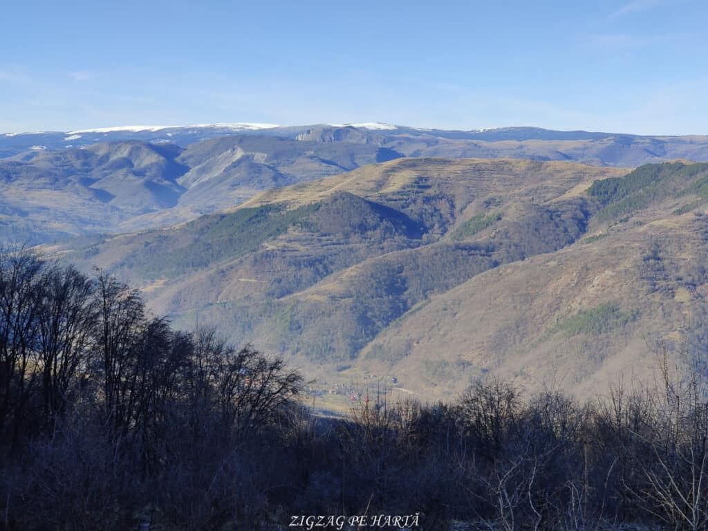 Vârful Berț și vârful Chișberț, traseu pe la minele de fier medievale de la Rimetea - Blog de calatorii - ZIGZAG PE HARTĂ - IMG 20210102 120033