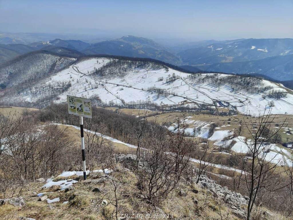 Piatra Cetii 1233m - Blog de calatorii - ZIGZAG PE HARTĂ - IMG 20210327 125208 01