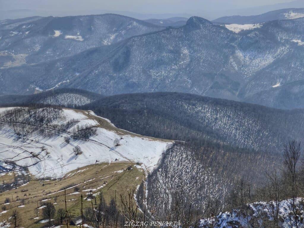 Piatra Cetii 1233m - Blog de calatorii - ZIGZAG PE HARTĂ - IMG 20210327 131416 01