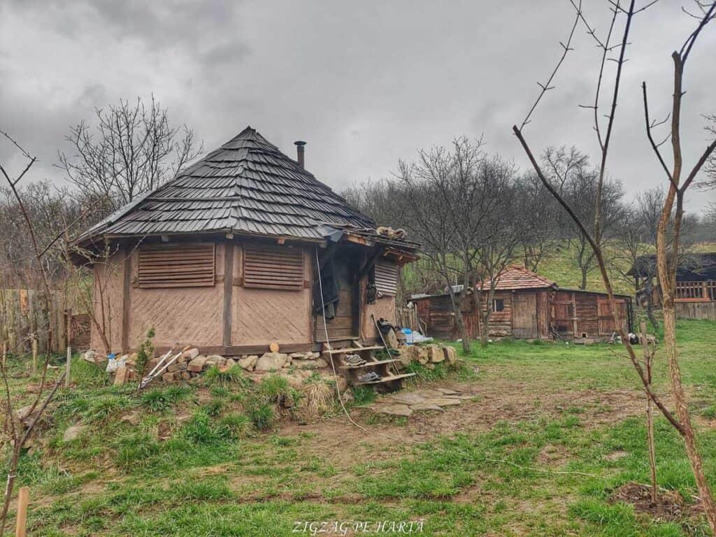 KOMAKIZA, făuritorul de arme dacice - Blog de calatorii - ZIGZAG PE HARTĂ - IMG 20210403 111835 01