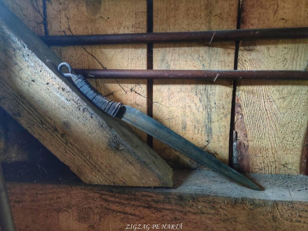 KOMAKIZA, făuritorul de arme dacice - Blog de calatorii - ZIGZAG PE HARTĂ - IMG 20210403 111913 01
