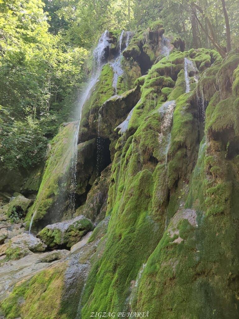 Lacul Ochiul Bei, Cascada Văioaga, Cascada Beușnița, La Tunele și Lacul Dracului - Blog de calatorii - ZIGZAG PE HARTĂ - IMG 20200727 123747